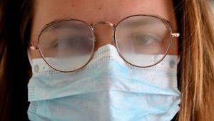 illustration-masque-lunettes-et-buee_4764149